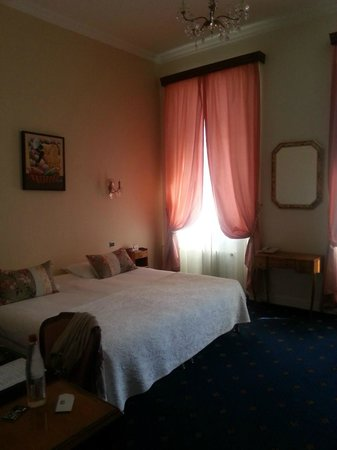 BEST WESTERN Hotel Champlain France Angleterre : Chambre