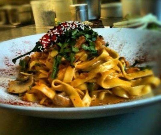 Aroma noodlebar asian restaurant mauritiusstr 1 in for Aroma japanese cuisine