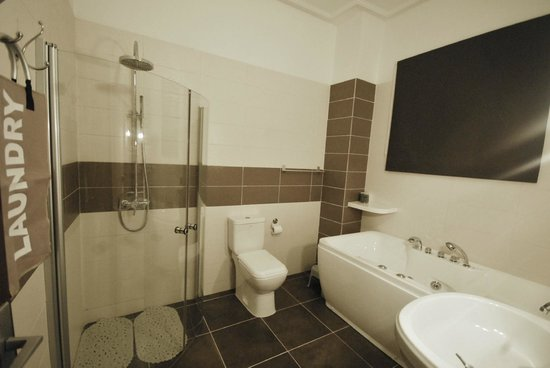 Villa Ayaba : La salle de bains de la chambre N°1
