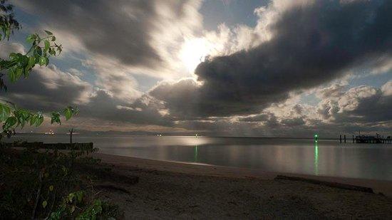Green Island Resort: Dawn view