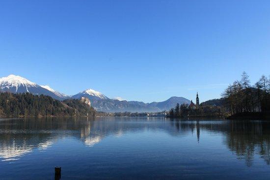 Golf Hotel Bled: Lago