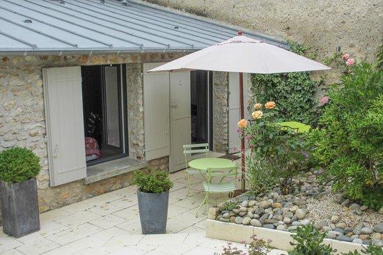 Hotel de Biencourt: Room opened onto internal courtyard