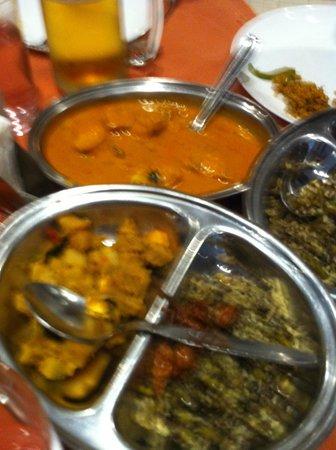 Grand Hotel Restaurant: Thali - Fish Curry