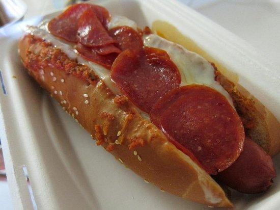 808 Deli: Pizza Dog