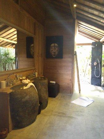 Bali Ethnic Villas: salle de bain