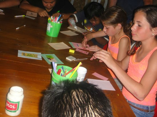 Sjaki's Warung: Our kids doing a creative workshop with the disabled teenagers