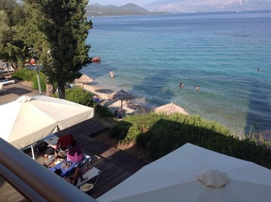 Porto Galini Seaside Resort & Spa: la spiaggia dal bar