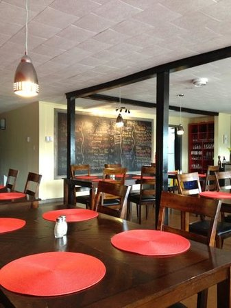 Justin Thyme bean and bistro: Not the usual look for the area