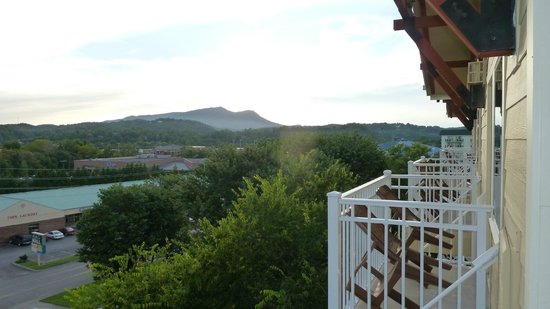 Clarion Inn Dollywood Area: View from Balcony