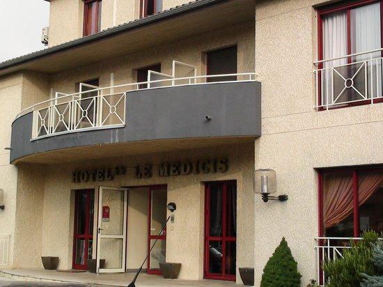 Hotel Medicis : face de l'hotel