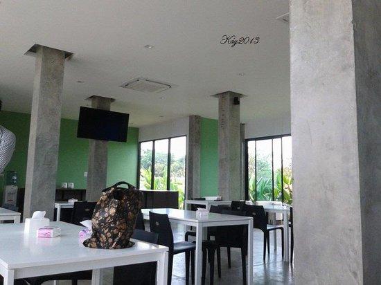 Hub de Leaf @ Rayong: dining room
