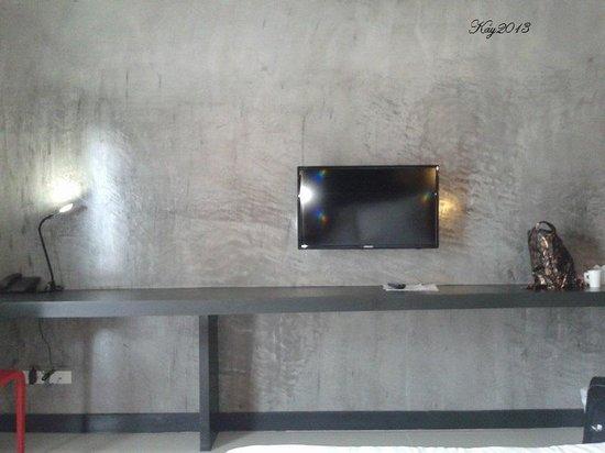 Hub de Leaf @ Rayong: big LCD tv