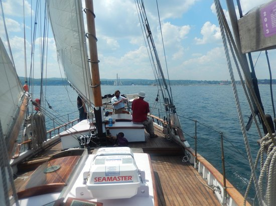 Superior Odyssey Sailing Charters : It's all good