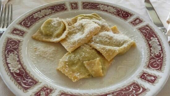 Pizzeria Ristorante Verdi Ricordi: tortelli (1/2 porzione)