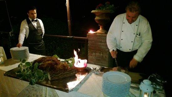 Hotel Bramante: Chef Aldo alle prese con il cosciotto di vitello