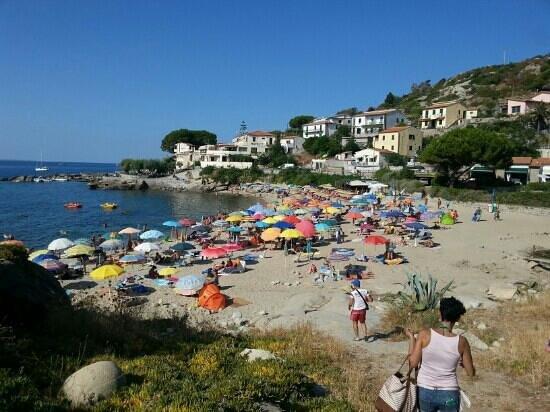 Seccheto, Italy: spiaggia di sechetto