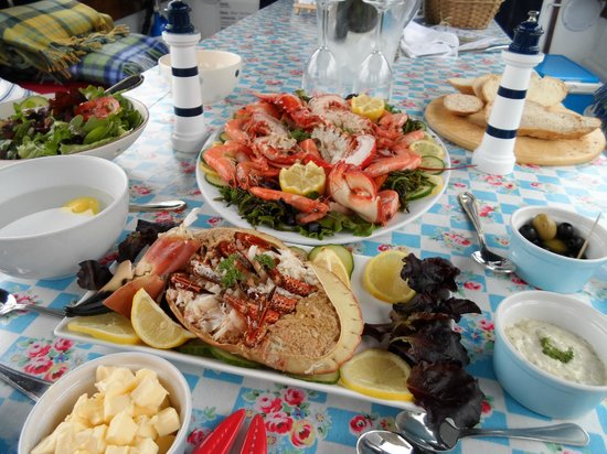 The Picnic Boat: Seafood heaven