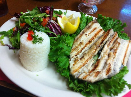 Mi Comida Restaurante Latino: Grilled Trout