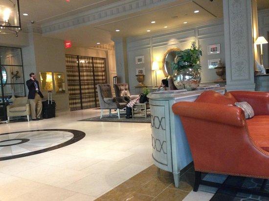 Loews Madison Hotel: Lobby Foyer