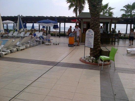 Sandy Beach: le nettoyage à 17h