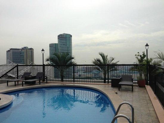 Parque Espana Residence Hotel : Roof Pool