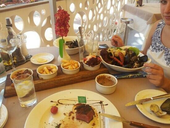 23twelve Restaurant: a lovely meal. :)