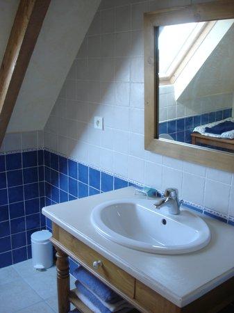 Chambres d'Hôtes à la Ferme de Keroter : Salle de bain 3