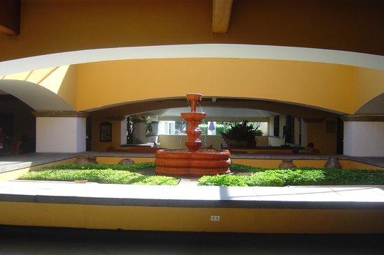 Soleil La Antigua: Atrio 2