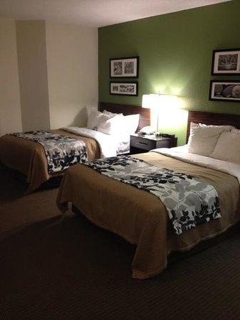 Sleep Inn : Room: Two Doubles