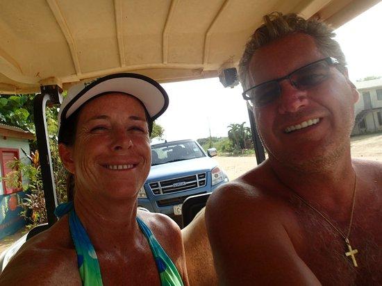 Hamanasi Adventure and Dive Resort: Rented a golf cart to explore