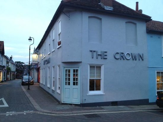 The Crown at Woodbridge: Outside 2