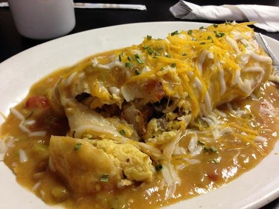 Prairie Rose Cafe : omelet in pool of green chilli