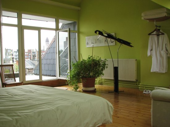 Photo of AAAWA Bed and Breakfast Antwerp