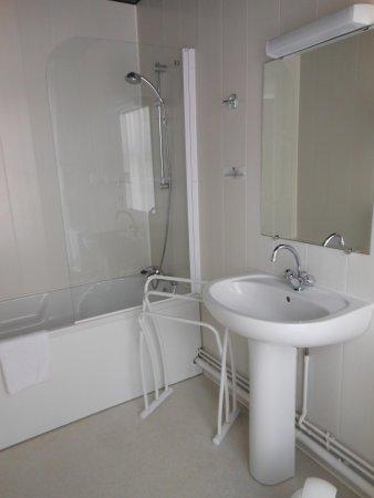 Au Tonnelier : salle de bain