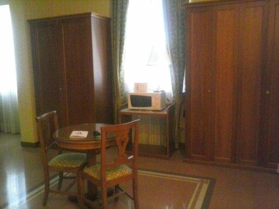 Residenza d'Aragona: dettagli