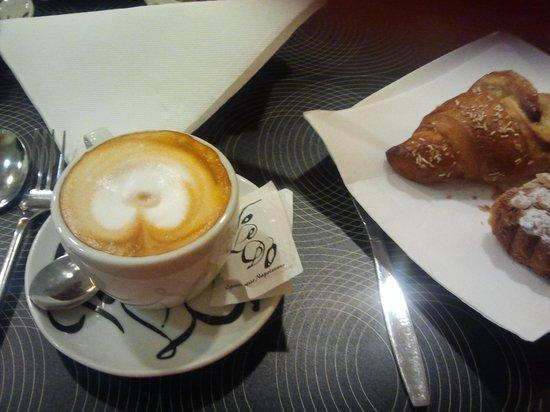 OC Hotel Villa Adriana : colazione