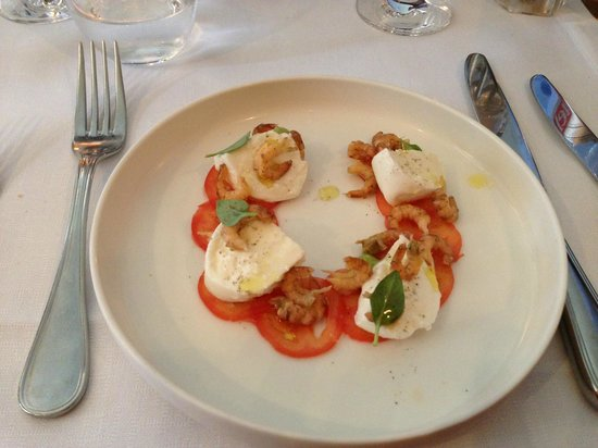 Assiette Blanche: tomates mozzarella
