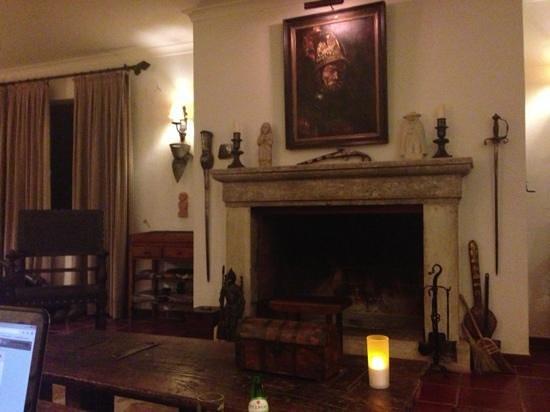 Convento Da Provenca : living room