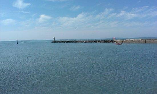 Le Port de la Cotinière : Entrée du port