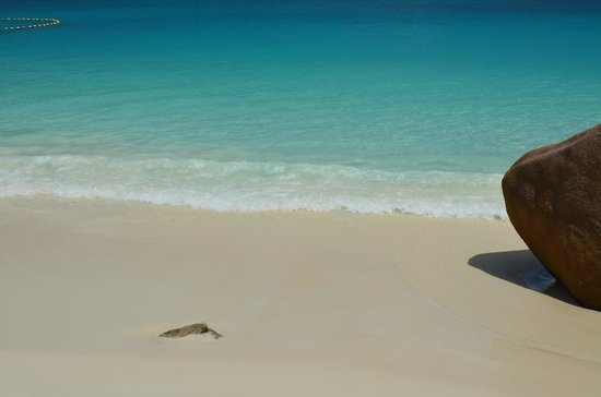Raffles Seychelles: Anse Lazio beach (10-15 mins from resort)