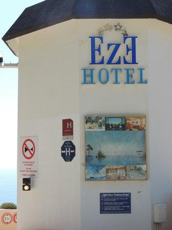 Hotel Les Terrasses d'Eze: 2 étoiles manquent et ça reflète bien la réalité !!