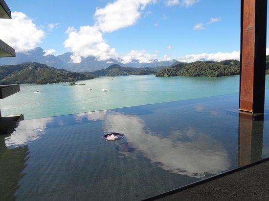 The Lalu Sun Moon Lake: lobby外的風光