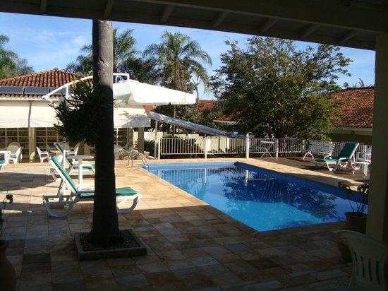 Pousada Vila Do Conde: Visão dos quartos externos para piscina