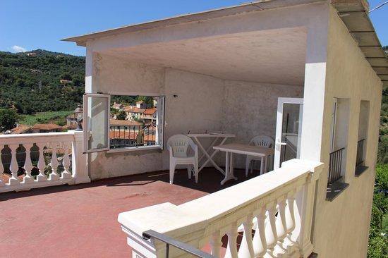 Azienda Agrituristica Bellavista: Vista della parte Privata della veranda....