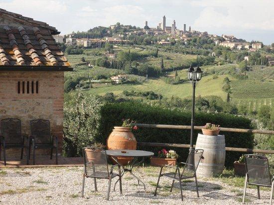 Agriturismo Il Casolare di Bucciano : Blick auf San Gimignano