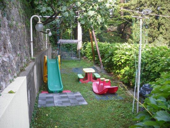 Beach Hotel Du Lac: Childrens Play Area ? ! ?