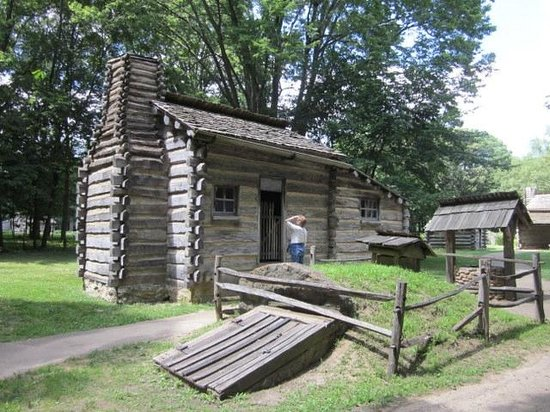 Lincoln's New Salem State Historic Site : Old store