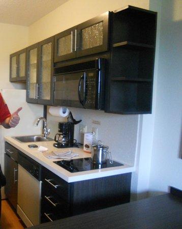 Candlewood Suites Miami Airport West: Cozinha equipada