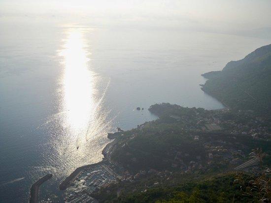Porto di Maratea vista Monte San Biagio