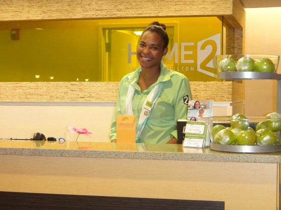 HOME2 Suites by Hilton Jacksonville, NC: Great Smile always